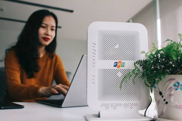 Modem wifi băng tần kép mới nhất FPT Telecom